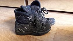 Ботинки LOWA р.36