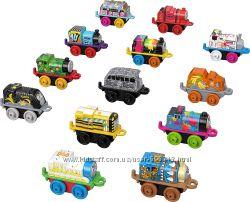 Томас и его друзья 13 паровозиков Thomas & Friends FWK48 Fisher-Price MINI