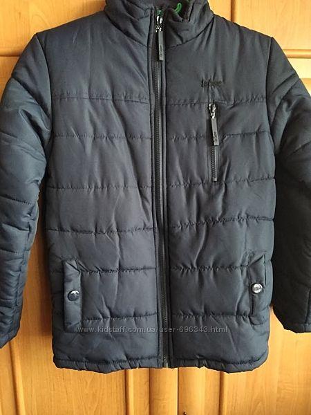 Теплая демисезонная зимняя куртка на мальчика