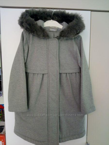 Crazy 8 пальто 5Т в ідеальному стані