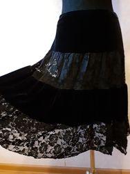 Юбка Vilonna, черная, бархат с гипюром