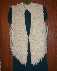 Интересная стильная тепленькая вязаная жилетка 46 - 48р.