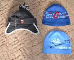Деми шапки в отличном состоянии на 1-3 года