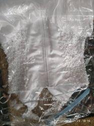 Очень красивое свадебное платье, белое, размер 42-48 регулируется