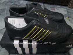 Кроссовки Adidas F32902 размер Uk 8 26, 5см-40, 5