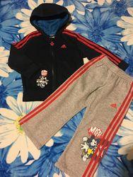 Продам детский костюм adidas. Оригинал Рост 104.