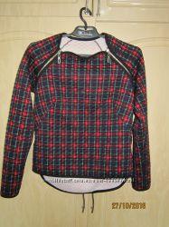 Продам костюм  для  девочки  11-13 лет  фирмы Cardo