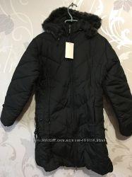 Женская зимняя куртка. Размер 42-44. Цвет чёрный. На флисе.