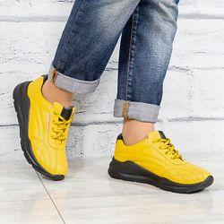 Кроссовки, натуральная кожа, желтые