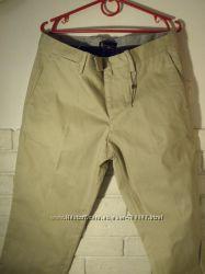 Красивые серые брюки Mango