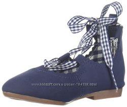 Симпатичные туфли для девочки OshKosh B&acuteGosh