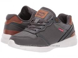 Оригинальные кроссовки Levi&acutes из США.