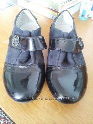 Школьные туфли для девочки - 34 разм.