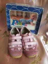 Кроссовки для девочки в отличном состоянии 28 разм.