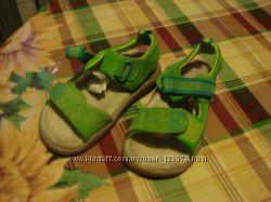 Зеленые босоножки с Декатлона, 24 размер, 15 см
