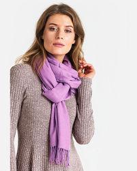 Теплый шарф шерстяной однотонный с бахромой на голов, большой палантин