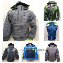 Демисезонные куртки и жилетки для мальчиков