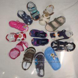 Распродажа детской обуви. Огромный выбор.