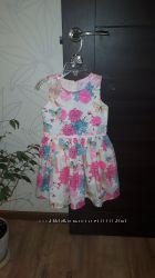 Платье размер 92см но можно и позже