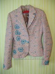 пиджак c вышивкой