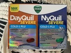 США Капсулы против простуды и кашля VICKS MAX Strenght DayQuil and NyQuil