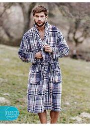 Велюровый халат KEY