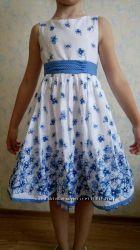 Сногсшибательное платье нежное с пышными юбками