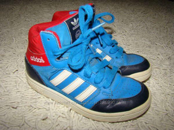 Демисезонные ботинки Adidas  размер 31, 5 20, 3 см по стельке