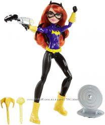 Super Hero Girls Blaster Action Batgirl Бетгерл Стреляющая.