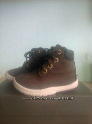 Продам осенние ботиночки на малыша Timberland 6ти-дюймовые