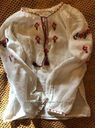 Нежная батистовая вышиванка на 3-5 лет