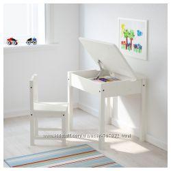 Письменный стол для ребенка IKEA