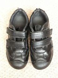 Фирменные школьные туфли кожа р 33