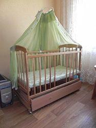Детская кроватка Наталка с матрасом, ящиком, постелью, балдахином