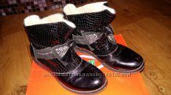 Ботинки  лаковіе TIFLANI 34р