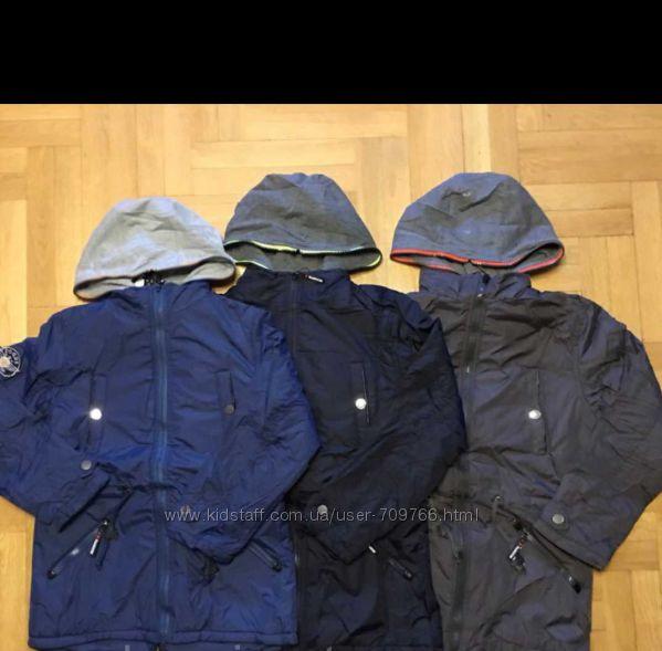 Куртка на синтепоне, с флисовой подкладкой. Размеры 140, 146, 152 см