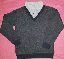 Продам свитер, рубашку обманку для мальчика на рост 152-158 см на 9-12 лет