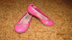 Суперові туфельки для принцеси BENETTON
