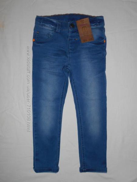 Нарядные мягенькие джинсы F&F На 3-4, 4-5 лет.