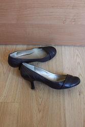 Туфли Aldo кожаные кожа лодочки маленький невысокий средний каблук р. 39