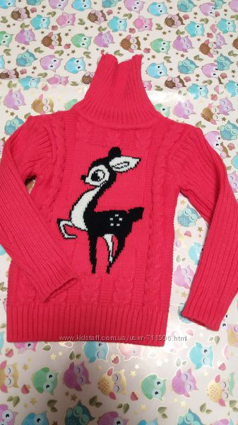Красивый свитер для девочки 2-3-4 года в состоянии нового.