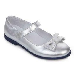 Туфли для девочки . Белые . Разные модели