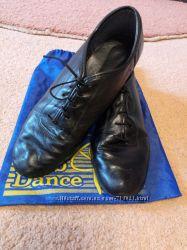 продаем туфли для занятий бальными танцами