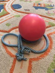 Скакалка и мяч для художественной гимнастики