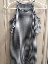 Модное облегающее платье  на р .11-12 лет