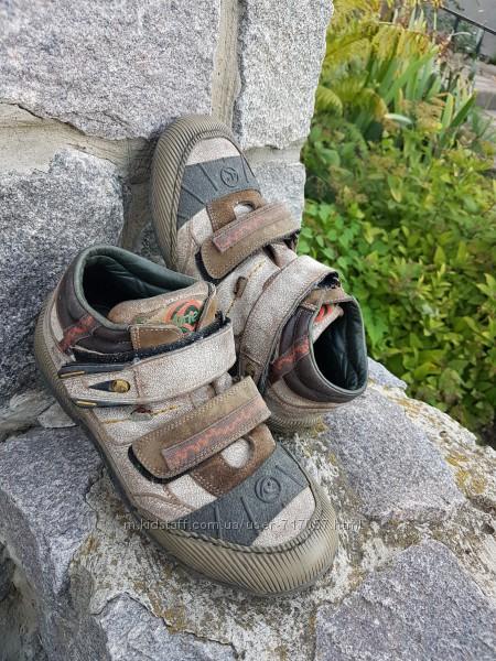 Классные кожанные  ботиночки