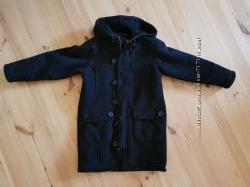 Дубленка, пальто 4-6 лет можно и на старше, цвет-черный, длина-64 см, рукав