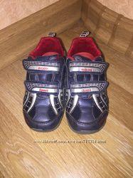 Кроссовки с мигалками Geox 25 размер