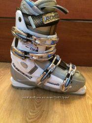 Ботинки лыжные Цену снизила