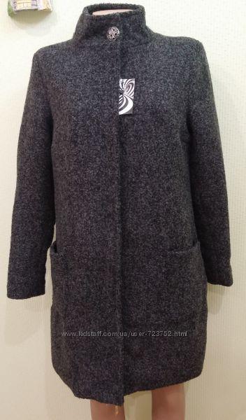 Шерстяное утепленное пальто на стеганной подкладке. Размер 48, новое с бир